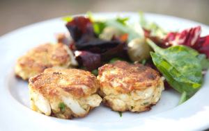 The Best Recipe for Crab Cakes via Cocina Marie